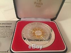 2000 Franklin Mint Annual Calendar Art Medal Sterling Silver. 925 and Gold